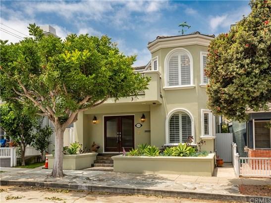 Mediterranean, Single Family Residence - Manhattan Beach, CA