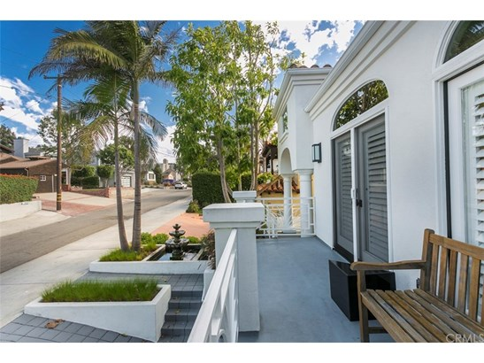 Mediterranean, Single Family Residence - Manhattan Beach, CA (photo 4)