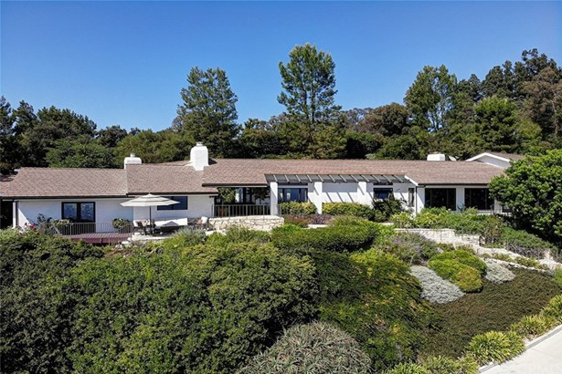 Single Family Residence - Rolling Hills, CA