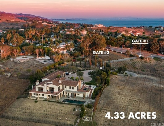 Mediterranean, Single Family Residence - Malibu, CA