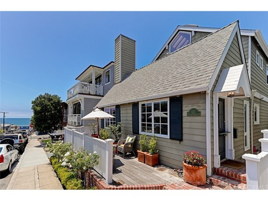 Single Family Residence, Bungalow - Hermosa Beach, CA (photo 2)