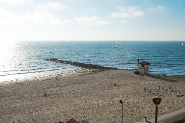 709 Esplanade, Redondo Beach, CA - USA (photo 3)
