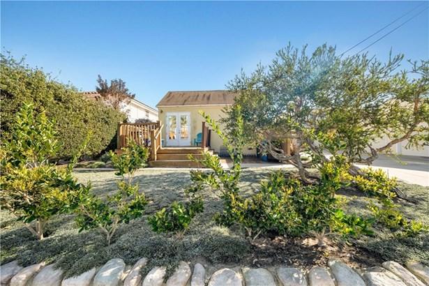 Single Family Residence, Bungalow - Redondo Beach, CA