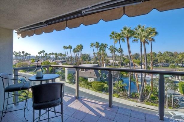 Condominium, Contemporary - Newport Beach, CA