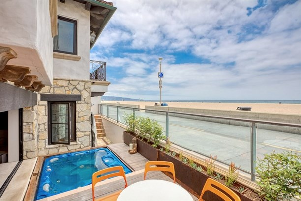 Mediterranean, Single Family Residence - Hermosa Beach, CA