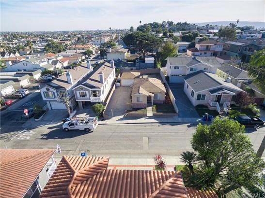 Single Family Residence, Bungalow - Hermosa Beach, CA (photo 4)