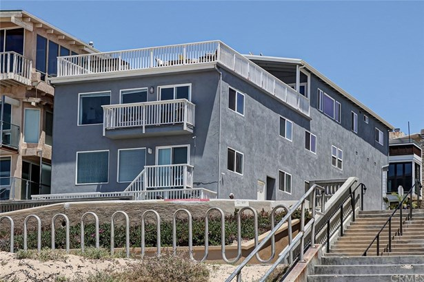 Quadruplex - Manhattan Beach, CA