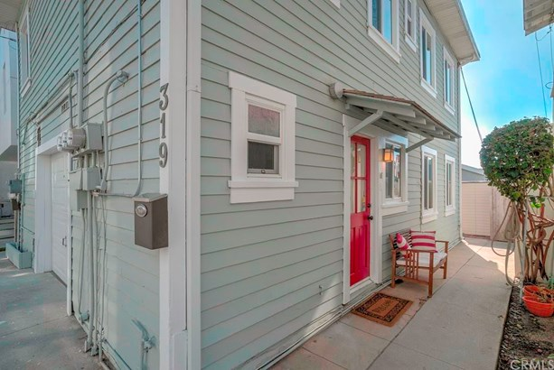 Cottage, Duplex - Hermosa Beach, CA (photo 1)