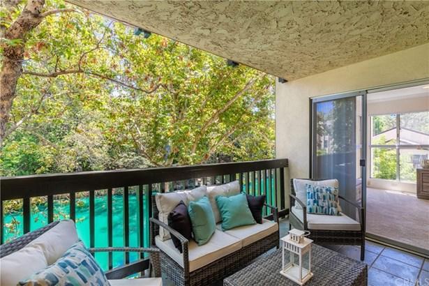 Condominium - Culver City, CA