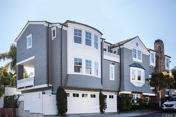 Single Family Residence, Cape Cod,Custom Built - Manhattan Beach, CA