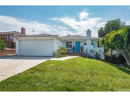 Single Family Residence, Traditional - Los Angeles, CA (photo 3)
