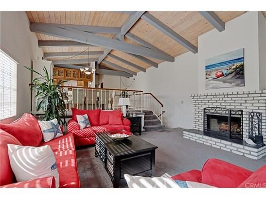 Cape Cod, Single Family Residence - Redondo Beach, CA (photo 4)