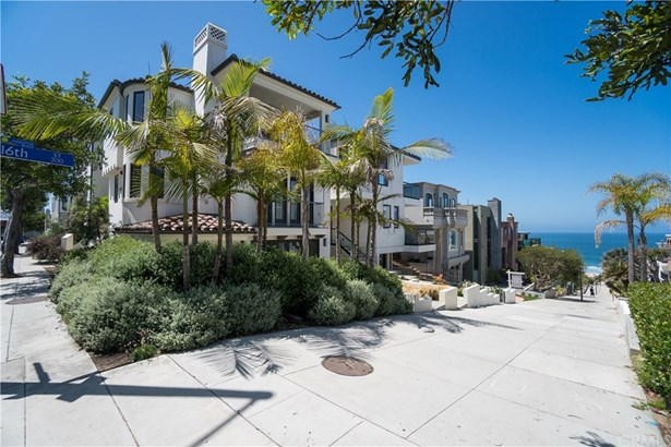 Single Family Residence, Traditional - Manhattan Beach, CA