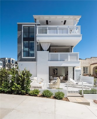 Single Family Residence, Cape Cod,Contemporary - Manhattan Beach, CA