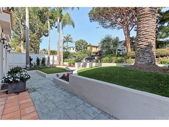 Single Family Residence, French,Mediterranean - Manhattan Beach, CA (photo 2)
