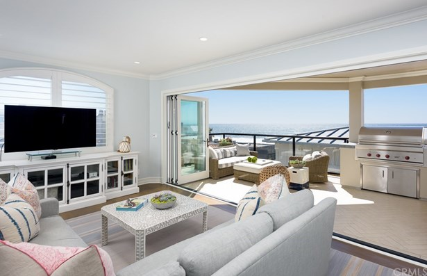 Single Family Residence, Traditional - Manhattan Beach, CA (photo 3)