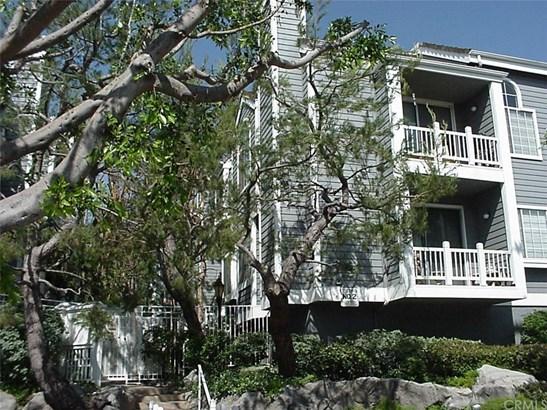 Condominium - Playa del Rey, CA