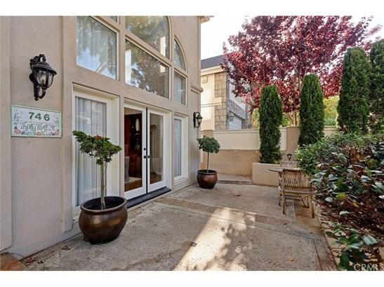 French, Single Family Residence - Manhattan Beach, CA (photo 3)