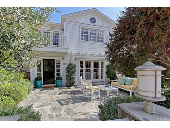 Cape Cod, Single Family Residence - Manhattan Beach, CA (photo 1)