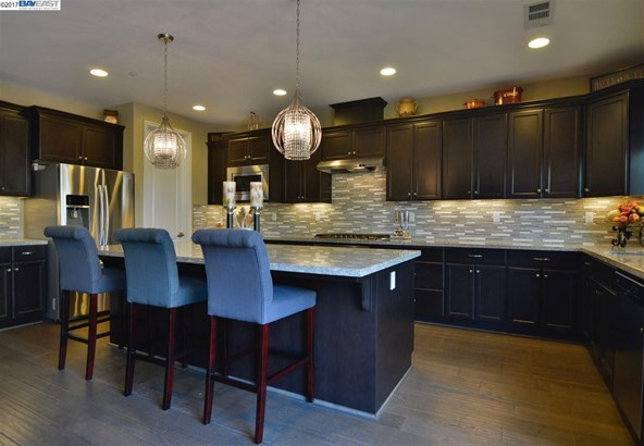 1396 Springdale Ct, Brentwood, CA - USA (photo 3)