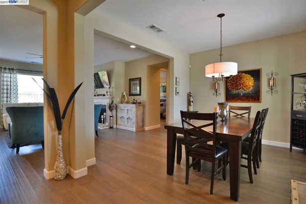 1396 Springdale Ct, Brentwood, CA - USA (photo 5)