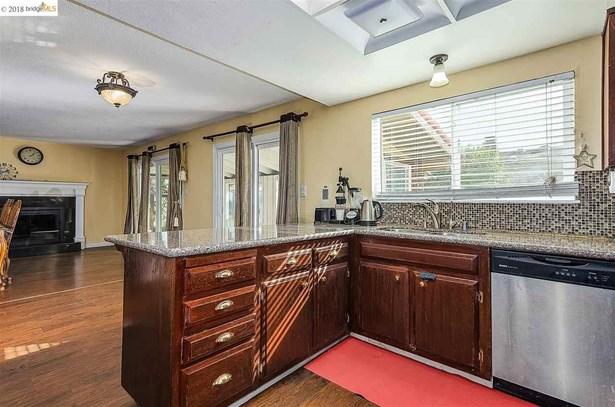 1140 Ventura Dr, Pittsburg, CA - USA (photo 3)