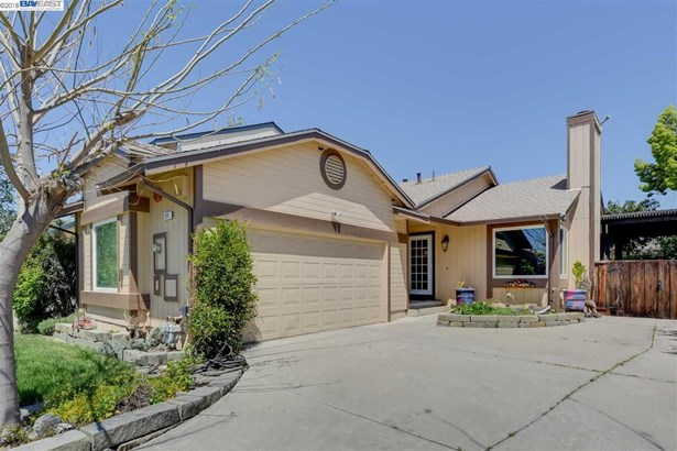 322 Mulqueeney St, Livermore, CA - USA (photo 1)