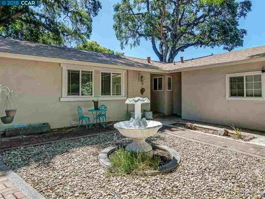 1516 Rugby Ct, Concord, CA - USA (photo 3)