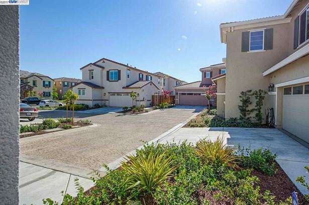 2061 Salice Way, Brentwood, CA - USA (photo 3)