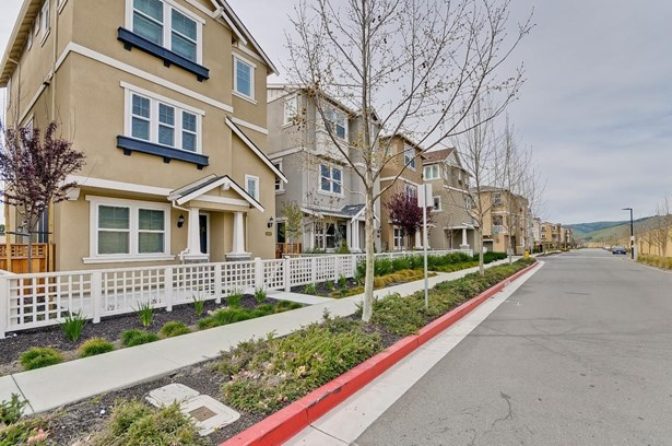 3277 Union Street, Fremont, CA - USA (photo 4)