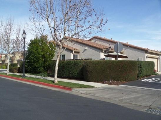 1366 White Oak Place, Gilroy, CA - USA (photo 2)