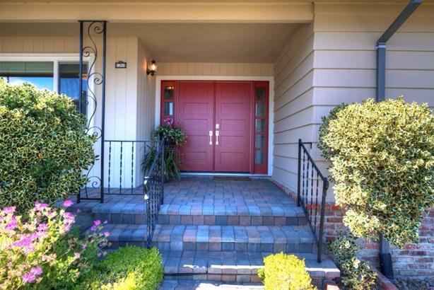 1260 Manzanita Drive, Millbrae, CA - USA (photo 2)