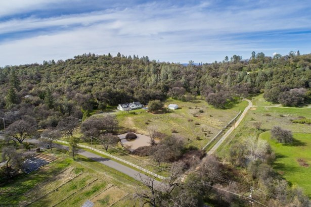 15934 Cook Road, Rough And Ready, CA - USA (photo 2)