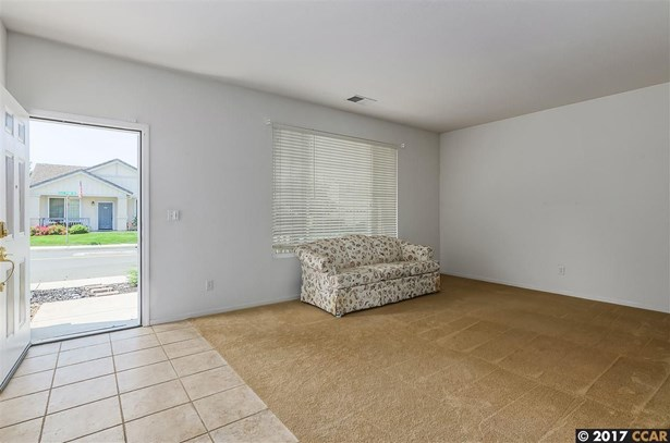 404 Rich Spring Dr, Pittsburg, CA - USA (photo 4)