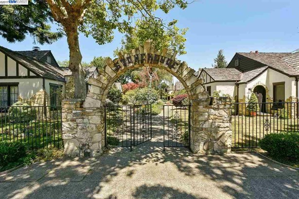 1543-c Santa Clara Avenue, Alameda, CA - USA (photo 2)