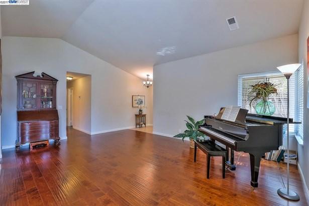 1196 Crellin Rd, Pleasanton, CA - USA (photo 5)