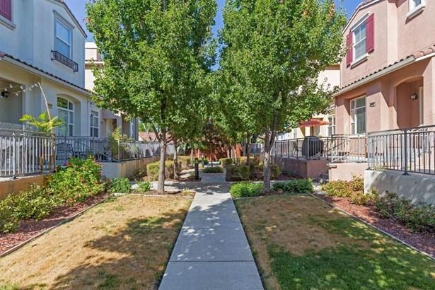 2625 Corde Terra Circle, San Jose, CA - USA (photo 3)