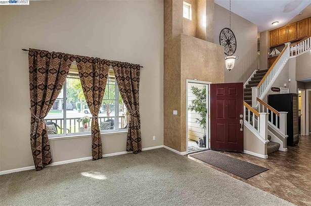 741 Walker Ct, Brentwood, CA - USA (photo 4)