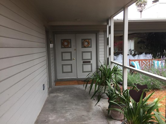 558 Casanova Avenue, Monterey, CA - USA (photo 4)