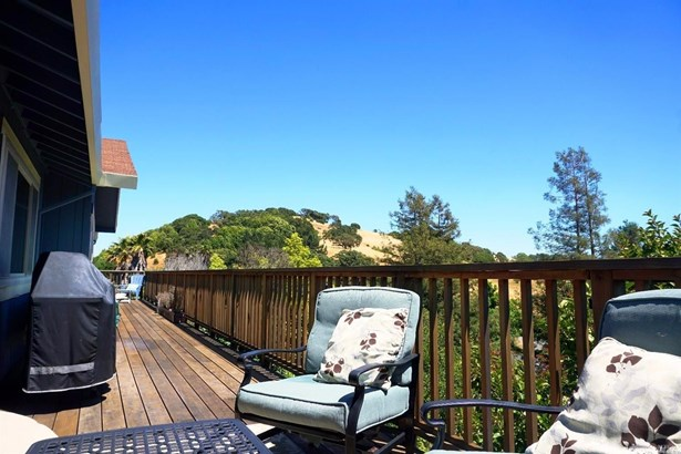 6 Fawnridge Drive, Novato, CA - USA (photo 3)