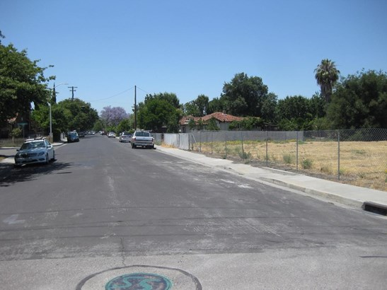 917 Warburton Avenue, Santa Clara, CA - USA (photo 2)