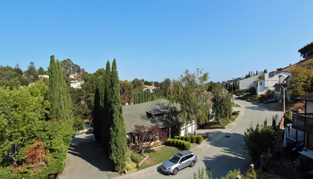111 Exeter Avenue, San Carlos, CA - USA (photo 2)
