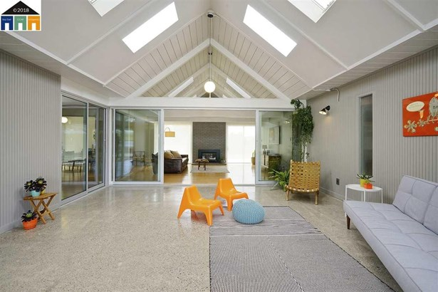 5941 Highwood Rd, Castro Valley, CA - USA (photo 4)