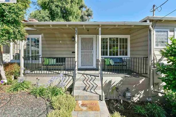 3210 82nd Ave, Oakland, CA - USA (photo 3)