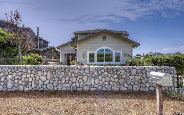 208 Kelly Avenue, Half Moon Bay, CA - USA (photo 2)