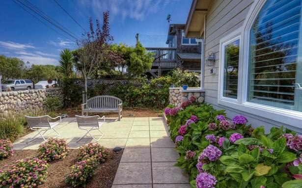 208 Kelly Avenue, Half Moon Bay, CA - USA (photo 3)