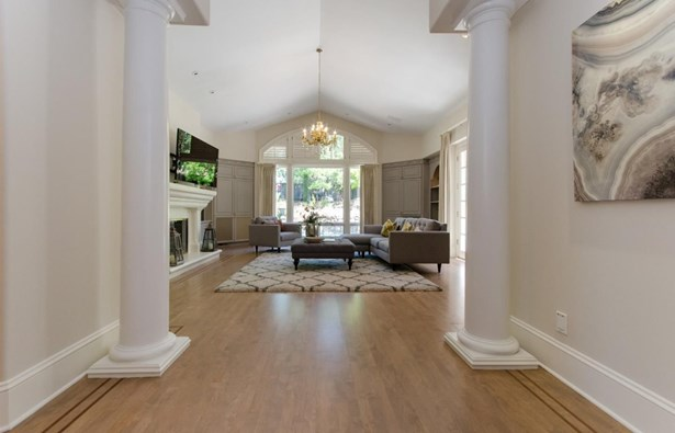27210 Ohlone Lane, Los Altos Hills, CA - USA (photo 5)