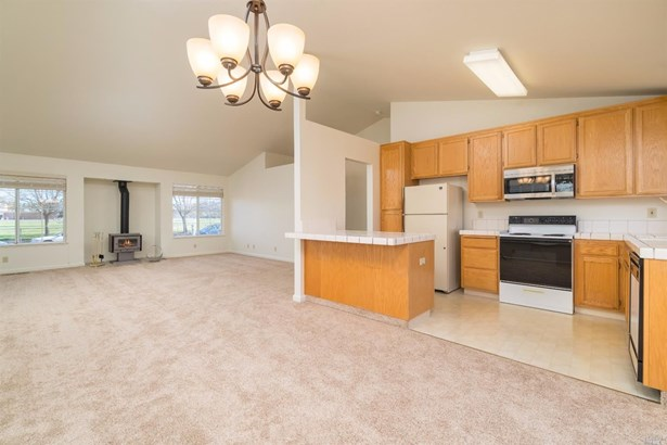 1095 Lombardi Lane, Santa Rosa, CA - USA (photo 4)