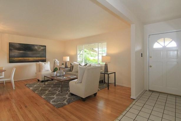 10490 Davison Avenue, Cupertino, CA - USA (photo 3)