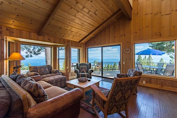 1122 Clearview Court, Tahoe City, CA - USA (photo 3)